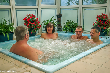 Opinion couples nude in hot tub seems